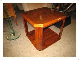 Tavolino Art Decò ottagonale .1930.